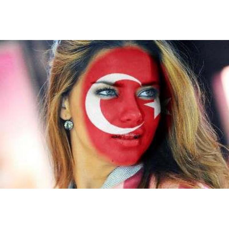 1 Ad Sudor Kirmizi Beyaz Yuz Boyasi Turkiye Milli Takim