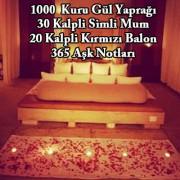 1000 Gül Yaprağı,30 Kalp Mum,20 Balon Romantik Evlilik Teklifi