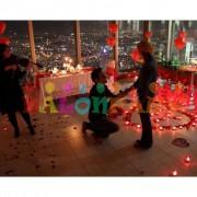 Evlilik Teklifi Paketi Masa Süslemesi, gül yaprağı+kalp mum+balon