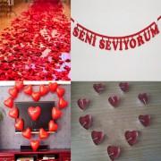 Evlilik Yıl dönümü 500 Gül yaprağı Kalp Balon+Mum +Yıldönümü Yazı